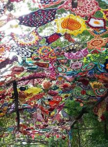 canopy yarnbomb