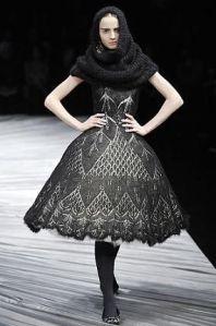 Alexander McQueen - I love the lace design